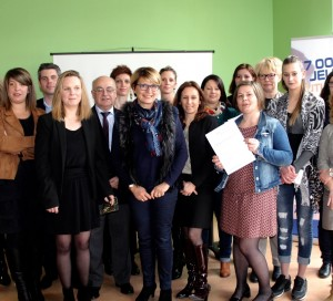 """signature du dispositif """"Garantie Jeunes"""" à Vernon"""
