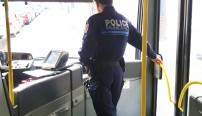 la police municipale de Vernon patrouille dans les bus