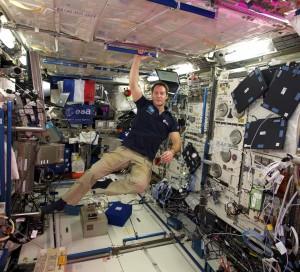 Le Normand Thomas Pesquet au sein de la station internationale spatiale.