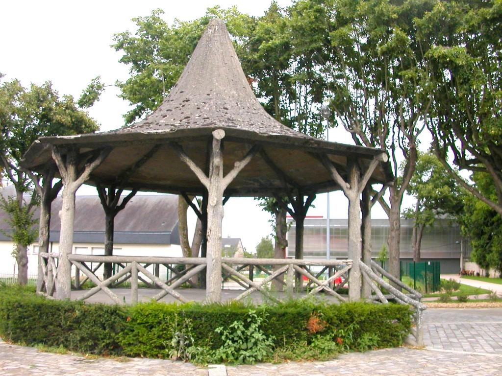 Depuis presque cent ans, le kiosque fait parti du paysage vernonnais.