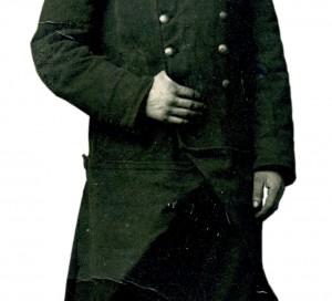 André CLAUDE Classe 1915 peu de temps après son incorporation