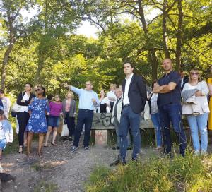 La visite de découverte de la ville a séduit une soixantaine de nouveaux arrivants.
