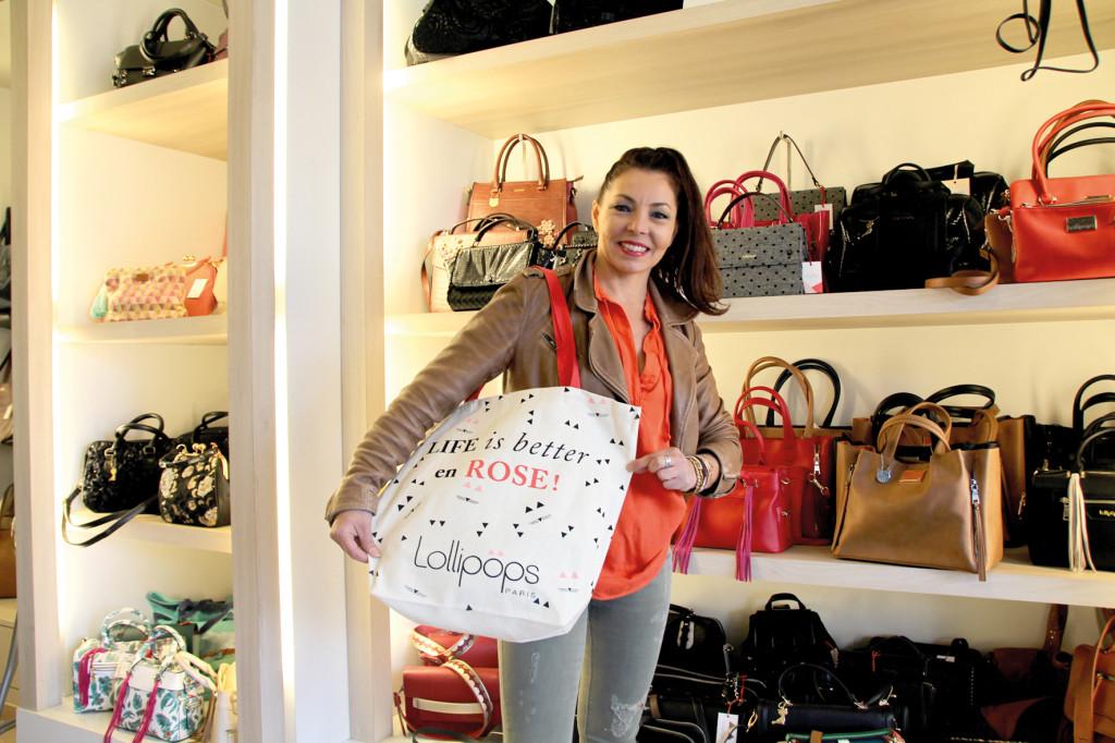 Pour ses 10 ans, Intemporelle offre un sac à ses clients fidèles.