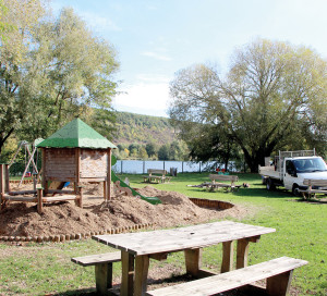 L'aire de jeux pour enfants située près du mail Anatole France restera fermée jusqu'au vendredi 26 octobre. Le chantier, décidé par la mairie, a pour objectif la remise en état et la mise en sécurité de l'entourage des sols de réception des deux structures de jeux.