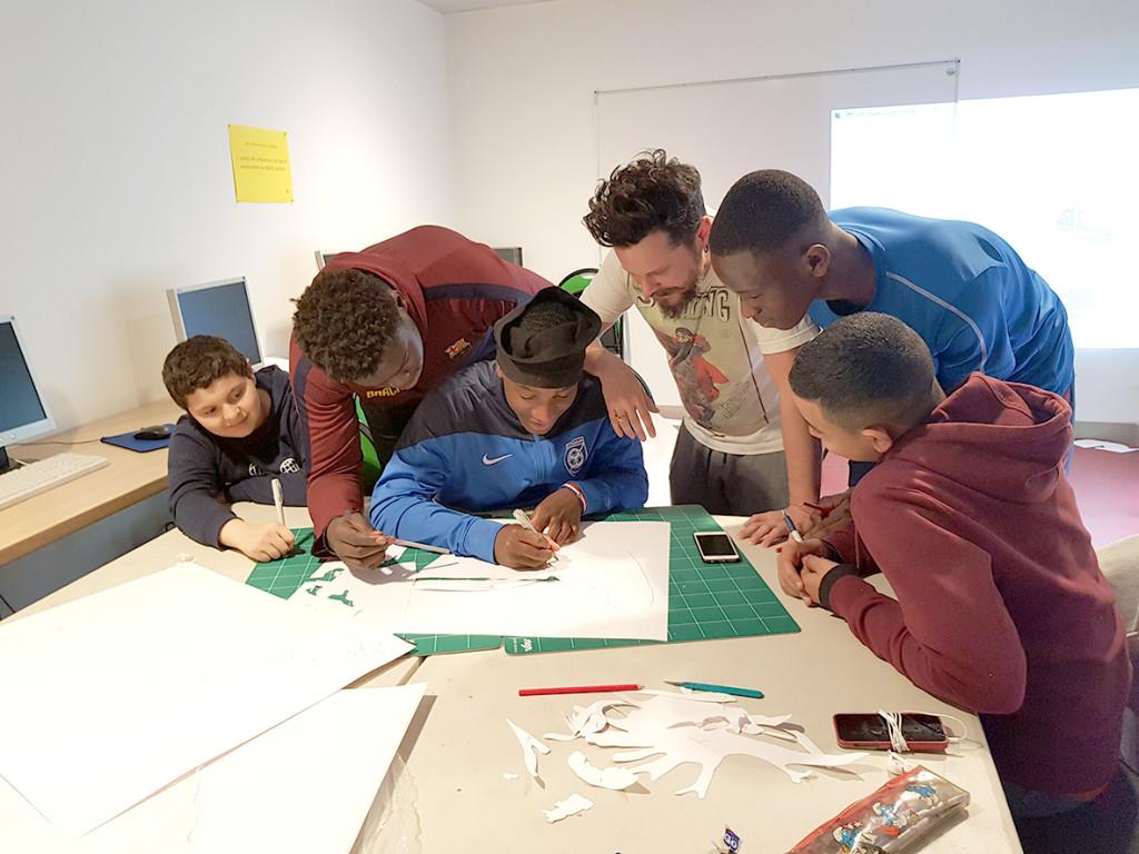 Susciter l'engagement civique des jeunes via un partenariat donnant-donnant avec la ville.