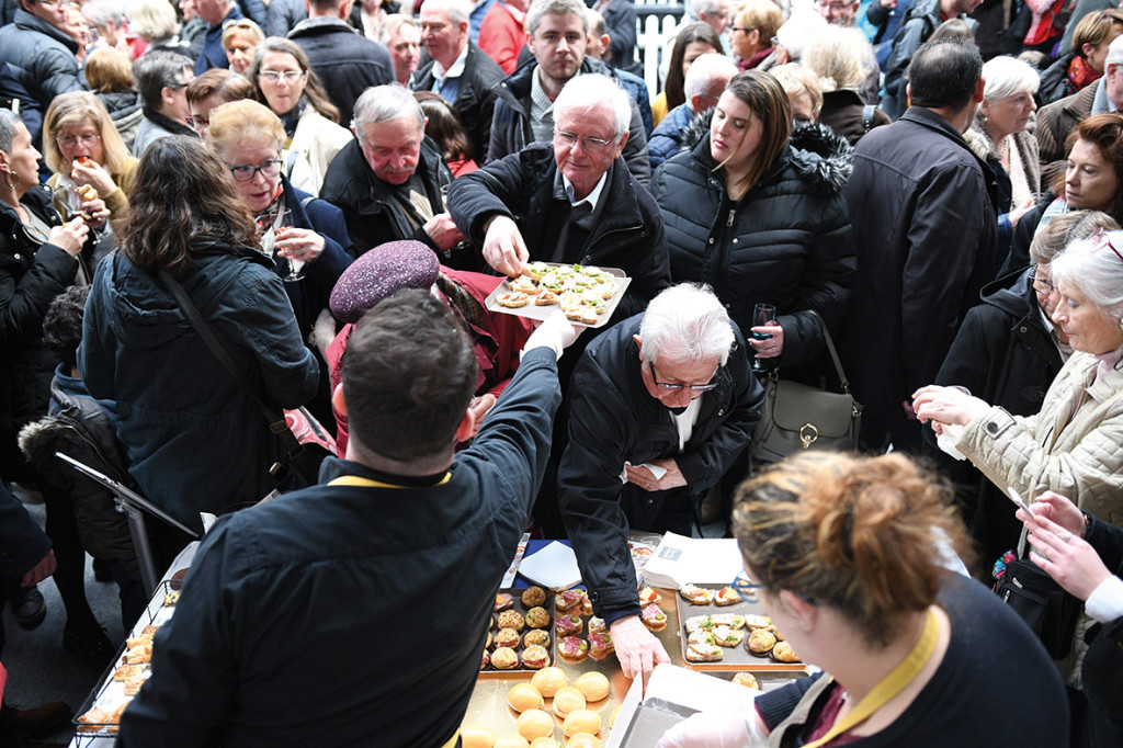 Le 26 janvier 2019, 1400 Vernonnais ont assisté à la cérémonie des vœux de la municipalité. Elle était placée sous le signe d'un grand projet : la Consultation Cœur de Ville.
