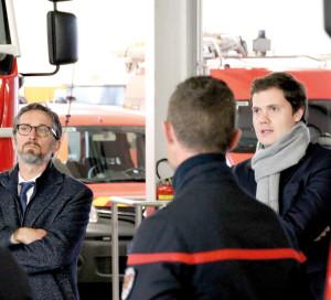 Le maire de Vernon, François Ouzilleau, assure son soutien aux pompiers agressés.
