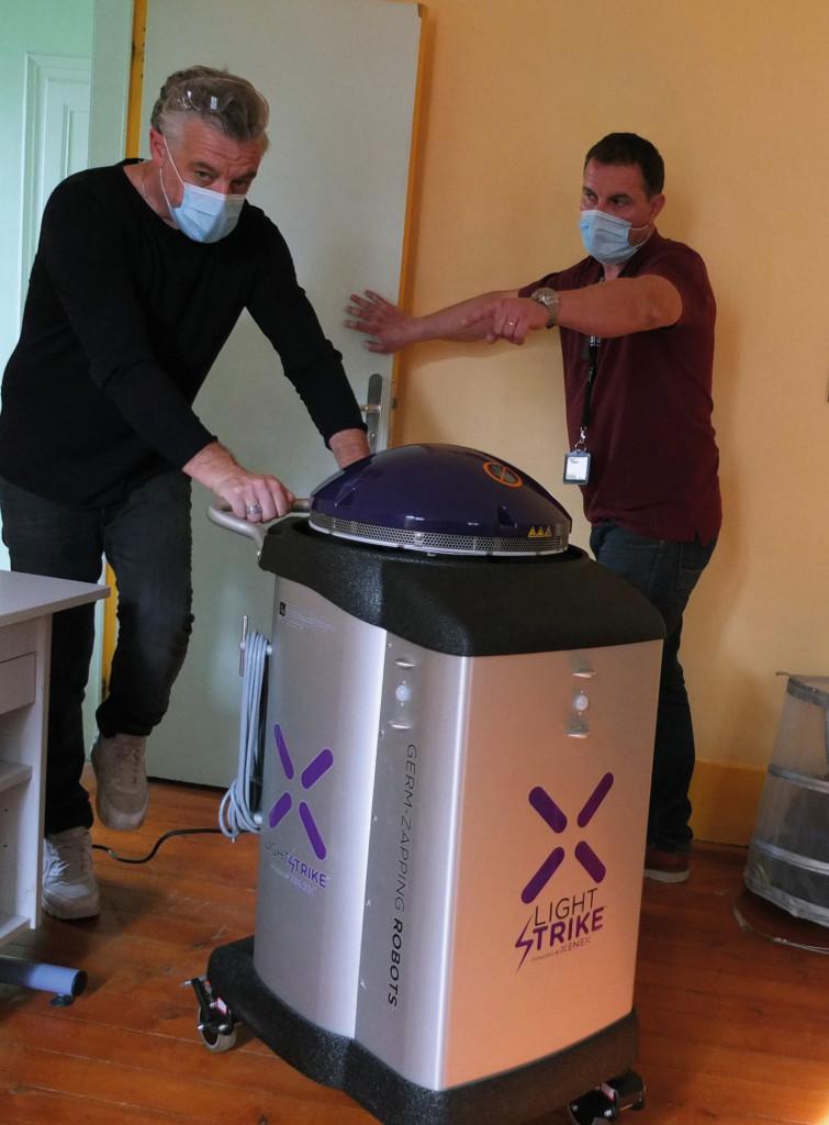 Département de l_Eure robot anti covid CD27