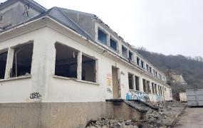 Abandonnée, la proposition n°60 de Vernon Mérite Mieux ! souhaitait construire un hôtel sur place.