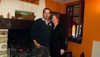 Kamel et Sandrine Airem au sein de leur restaurant, la Rose des Sables. En plus d'une cuisine faite maison, les restaurateurs misent sur une décoration des plus chaleureuses.