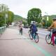 Avec le réaménagement des berges et la Seine à Vélo, les pistes cyclables suivent l'axe du fleuve et le traversent.
