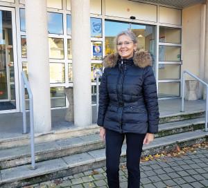 Nouvelle directrice des hôpitaux de Vernon et d'Evreux, Sandrine Cotton a un parcours atypique qui l'a menée de sage-femme à sous-préfète. Avec, toujours, l'humain en ligne de mire.